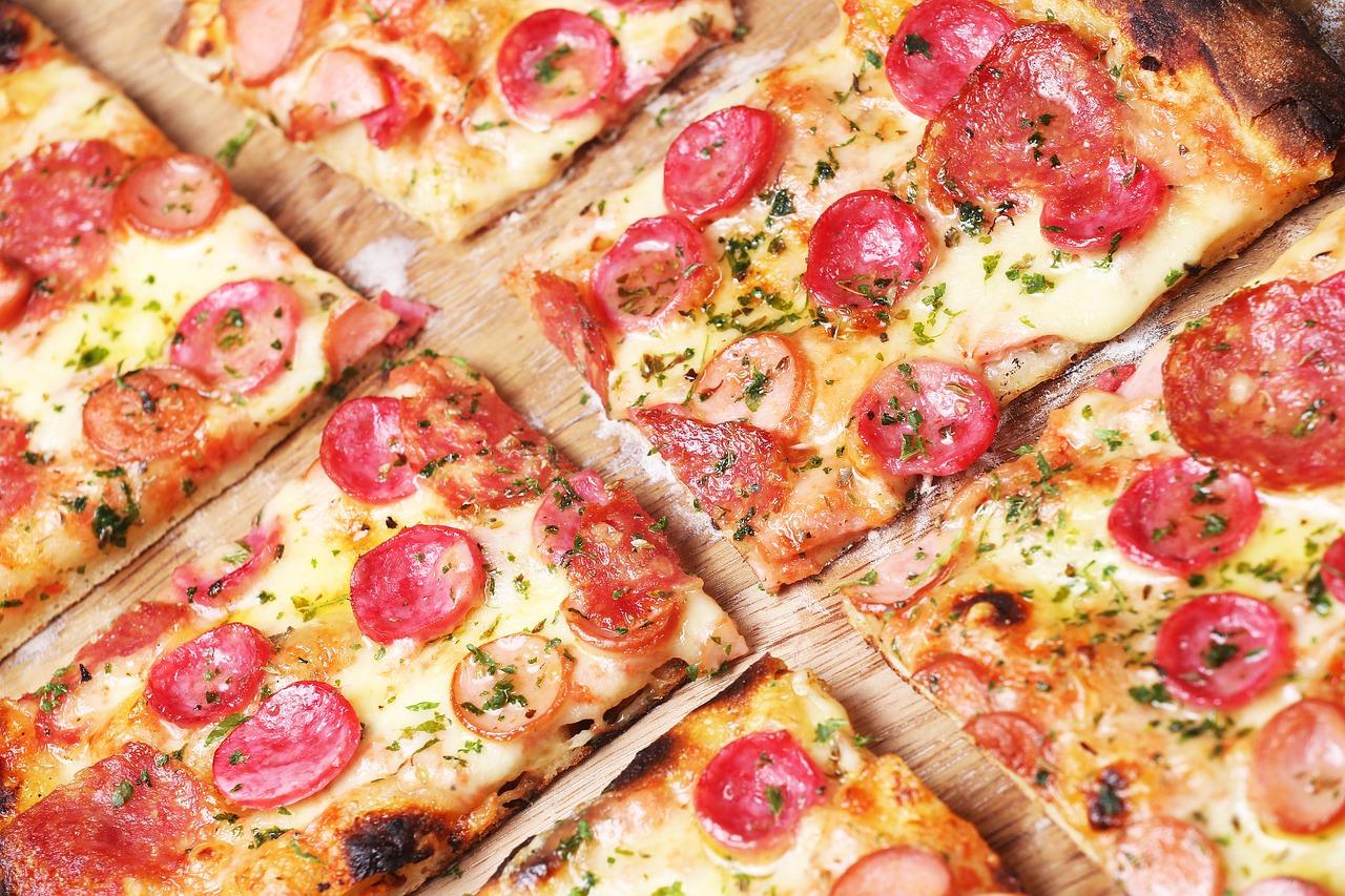 Włoska kuchnia całą dobę. Pizza w nocy na telefon – Pizzerie w Warszawie
